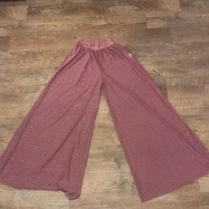 Large forever 21 blush Cover up Pants